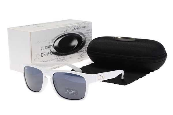 c5f8904f3a9 Cheap Oakley Holbrook Sunglasses White Frame Blue Lens Sale